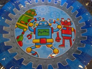 Transformers and Robots - Plates - Robot